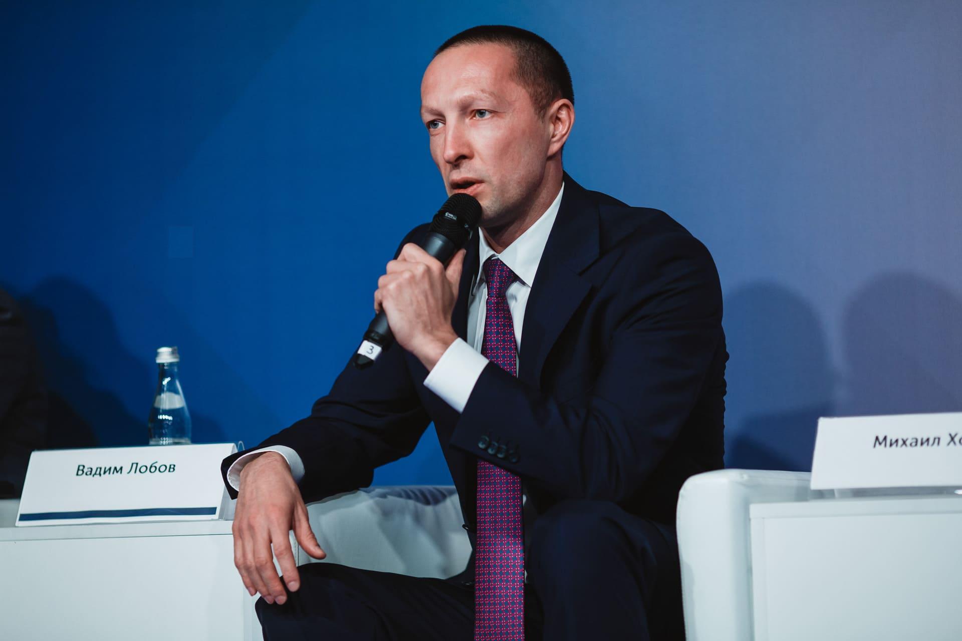 Вадим Лобов на пресс-конференции, посвящённой премии «Бизнес-Успех»