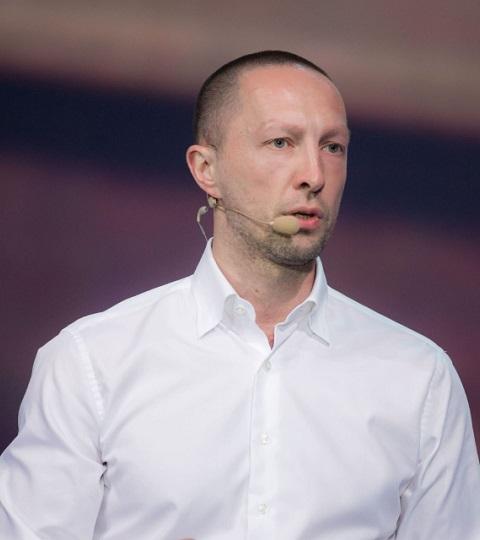 Выступление Вадима Лобова