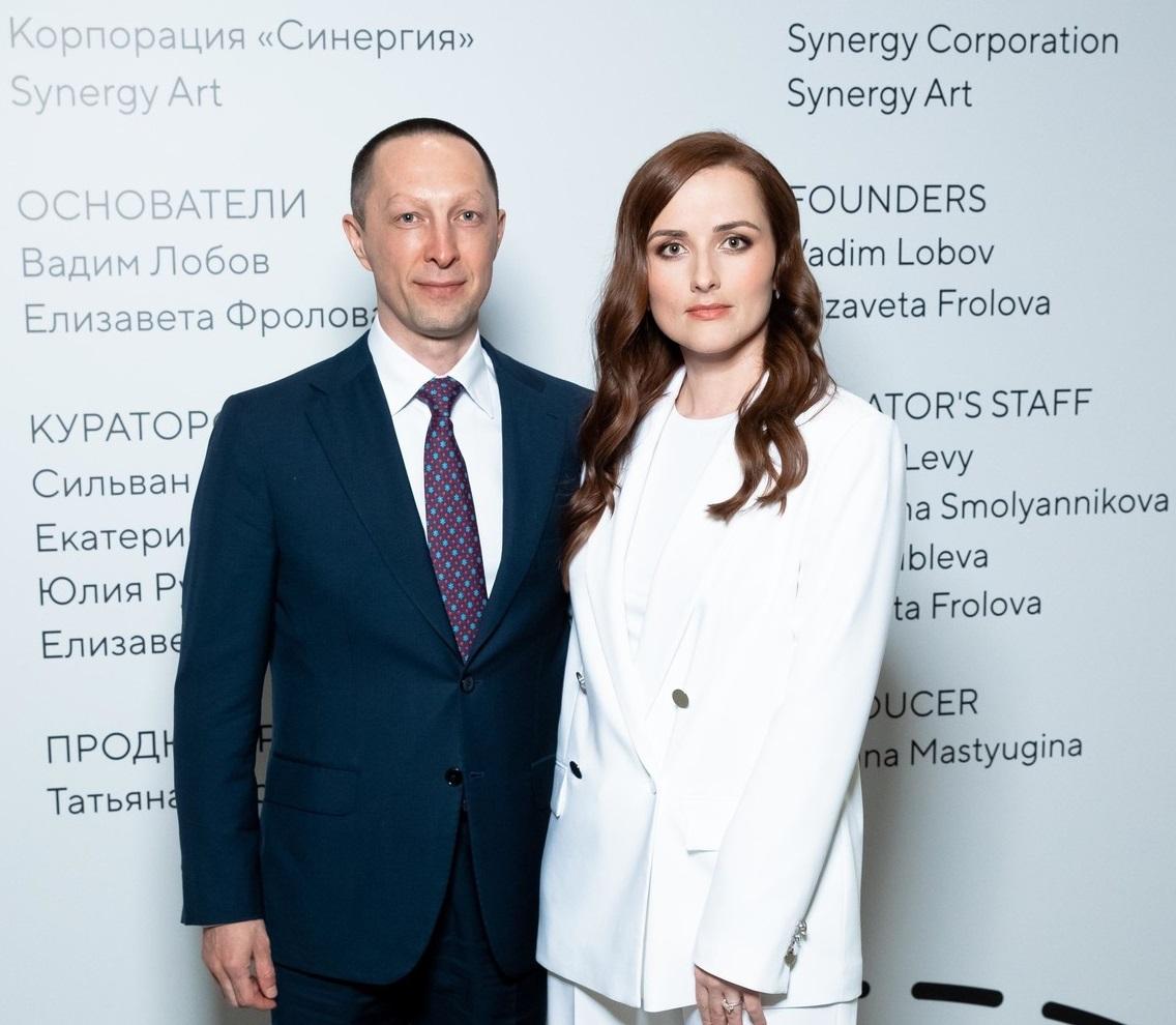 Вадим Лобов и Елизавета Фролова на Art Russia Fair 2021