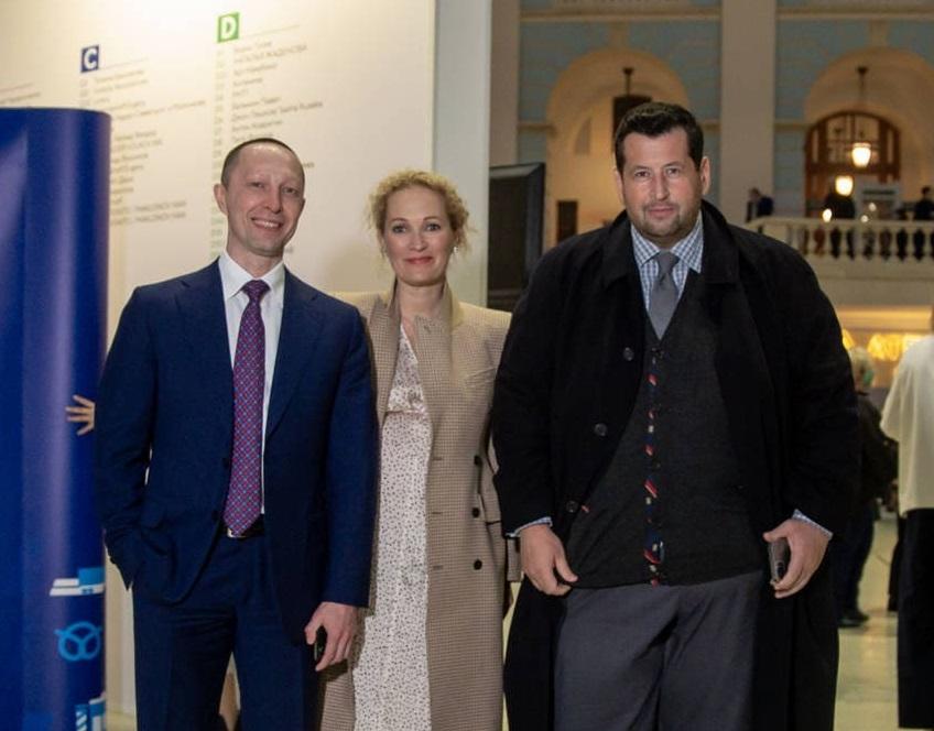 С Ириной Барановой и Яном Яновским на Art Russia Fair 2021